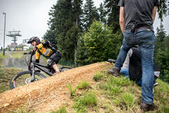 media/Default/DM_Enduro_2016/Foto_DM/Fotos_SGS_Film/Downhill_Schooeneck_13.jpg